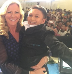 Lady Mone ø@MichelleMone  53m Most embarrassing moment.Speaking in Vietnam to 3,000 people,thought this was a 6 year old,picked him up,he's a MAN ***TWITTER PICTURE FROM MICHELLE MONE PAGE***