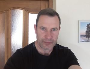 Medelyno savininkui A.Endriukaičiui riešutmedžiai – ne tik hobis, bet ir verslas.   A.Endriukaičio albumo nuotr.