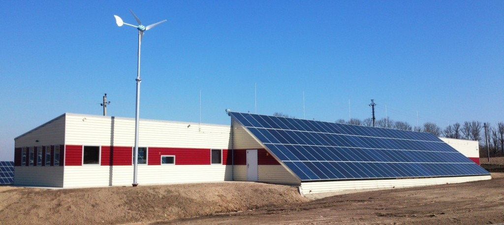 Šiuolaikiškame Vilnos amatų centre naudojama saulės ir vėjo energija. N. Baronienės nuotr.