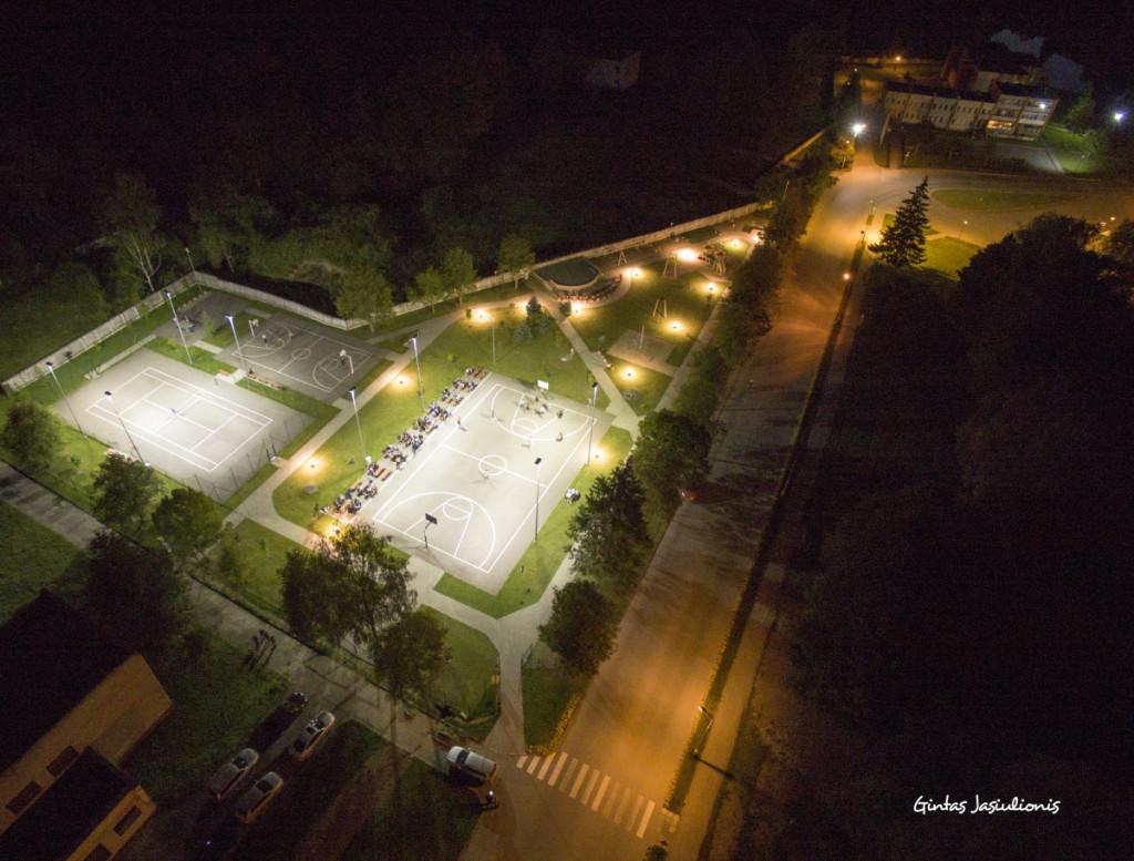 Sporto aistruoliai mėgsta vasaros naktinius renginius, ypač krepšinio turnyrus. J. Žurauskienės , K. Putelio ir G. Jasiulionio nuotraukos