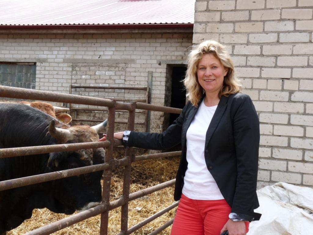 Į teisėsaugos akiratį pateko Lazdijų rajono ūkininkė A.Rutkauskienė.  R. Kazakevičienės nuotr.