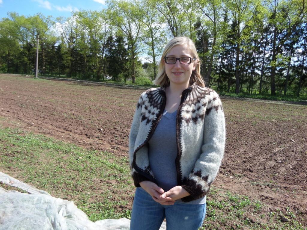 Ūkio šeimininkė I.Stragytė talkininkams sudaro visas darbo sąlygas, kviečia dirbti kiekvienam patogiu laiku. Autorės nuotr.