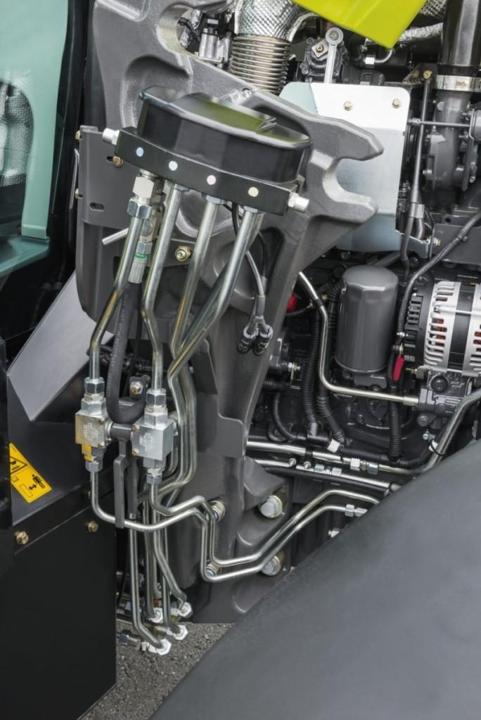 Dabar, iš plieninių vamzdžių pagamintos visos hidraulinės linijos iki greito prijungimo jungčių, CLAAS  yra standartinė įranga.