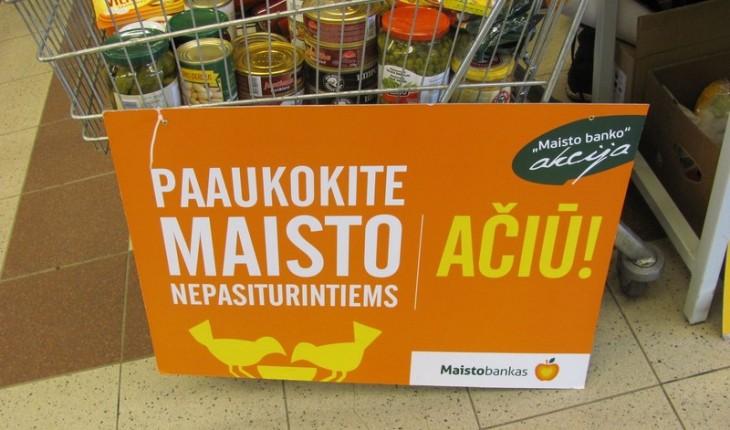 R.Lazutkos vertinimu, tai, kad valdžios atstovai palaiko tokias maisto dalijimo labdaros akcijas, tolygu jų prisipažinimui, jog jie blogai dirba.