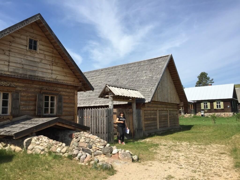 Po archeologinių kasinėjimų nustatyta, kad Dauguvos slėnyje dar XIV a. gyventa sentikių.