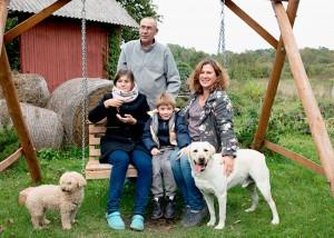 Linos ir Therry Blanchot šeima Šliktinės kaime susikūrė savo pasakų oazę