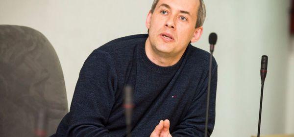A. Švarplys