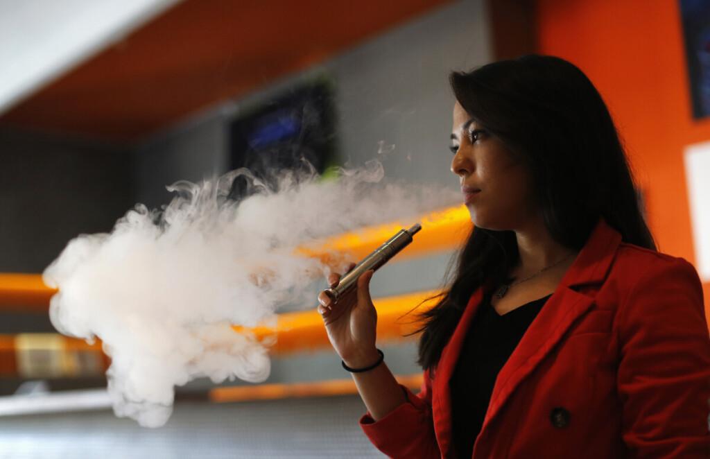 Priklausomybė nuo nikotino vystosi lėtai ir yra labai stipri.