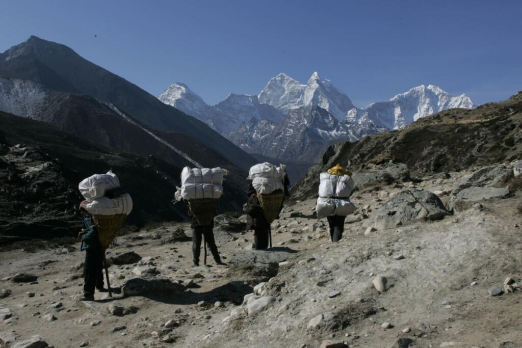 Sisia Pangma – keturioliktas pagal aukštį kalnas pasaulyje.