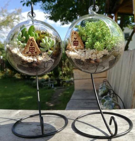 Prieš keletą metų Indrė ėmė gaminti miniatiūrinius sodus, kurių paklausa kasdien vis didėja.