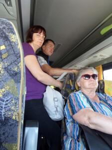 V.Šalčius su žmona autobuso bilietus pirko internetu, tačiau maršrutu Jonava – Kaunas važiavo stovėdami.