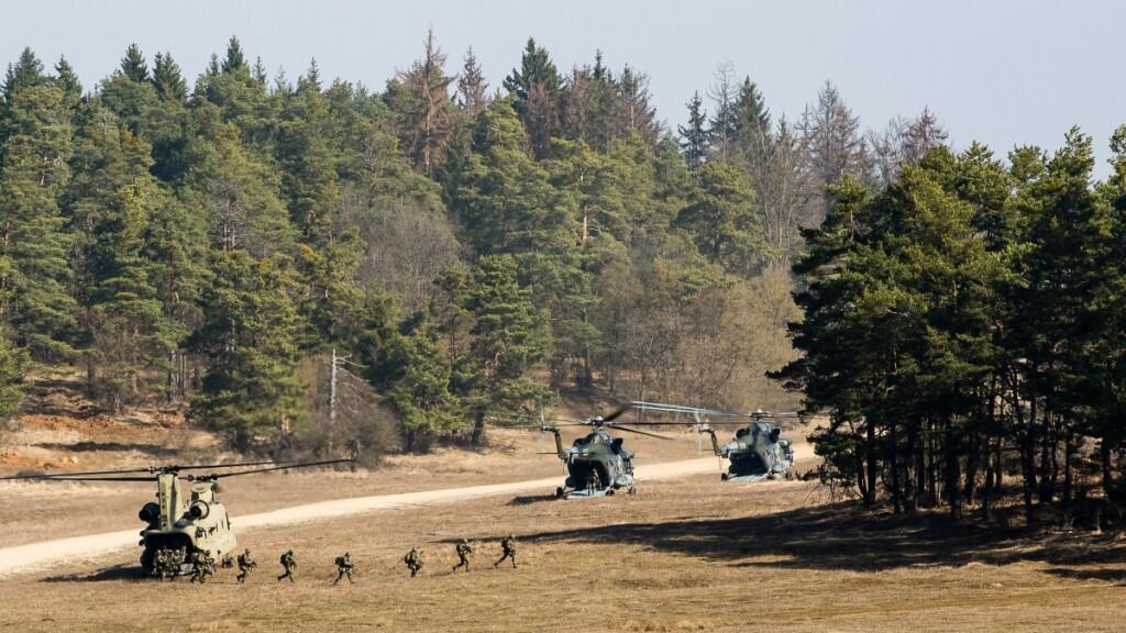 Vašingtonas pasiuntė dar garsesnį signalą NATO sąjungininkams: mokėkite, jei norite, kad jus saugotume.