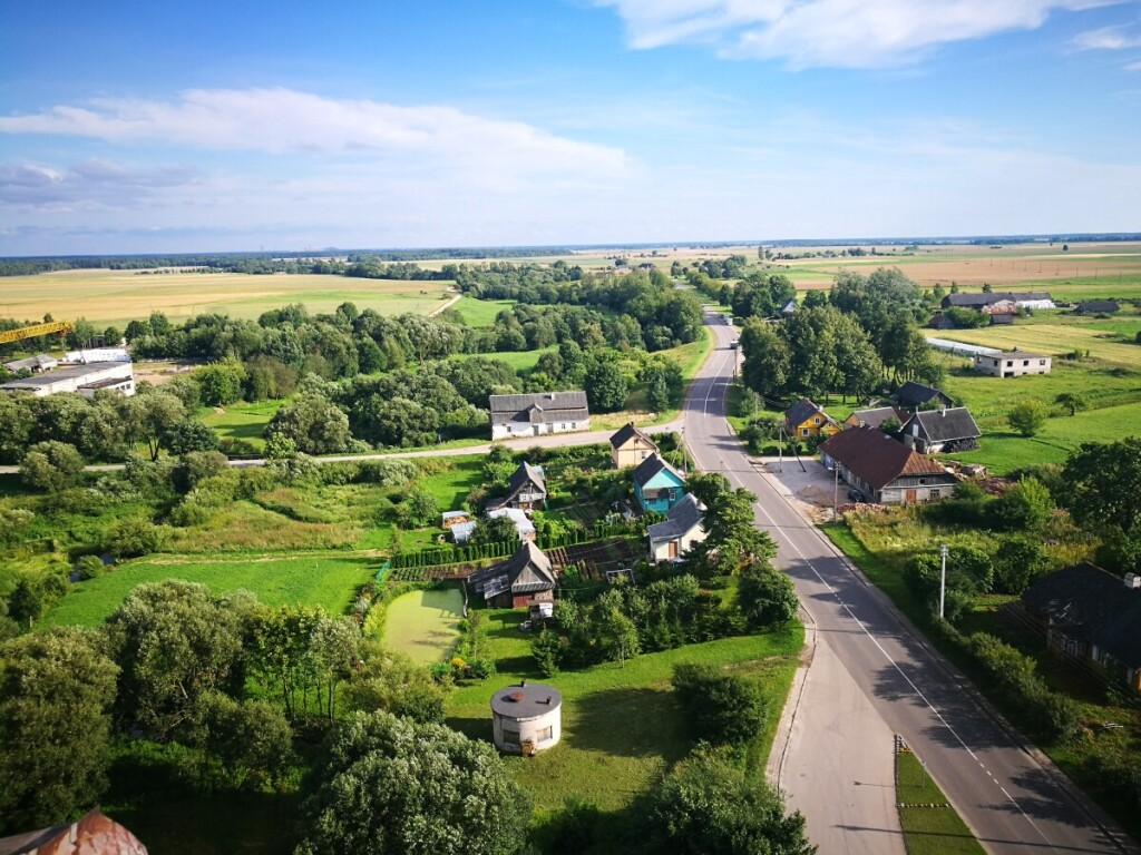Dotnuvos miestelio vaizdas į Kėdainių pusę iš bažnyčios bokšto. (Nuotr. autorė Živilė Marčiūtė).