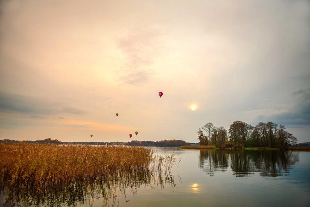 Išskirtinės lietuviškos gamtos vietos. Planuose – gamtos fotografijų paroda. E.Knispelio nuotr.
